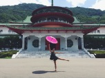 Umbrella dance in front of historical monuments in Yang Ming Shan 陽明山.